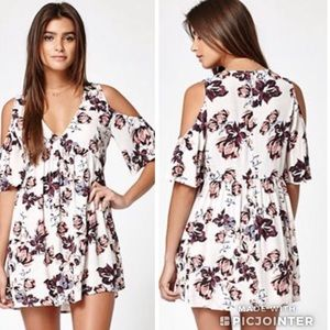 Kendall & Kylie | All Over Floral Print Dress
